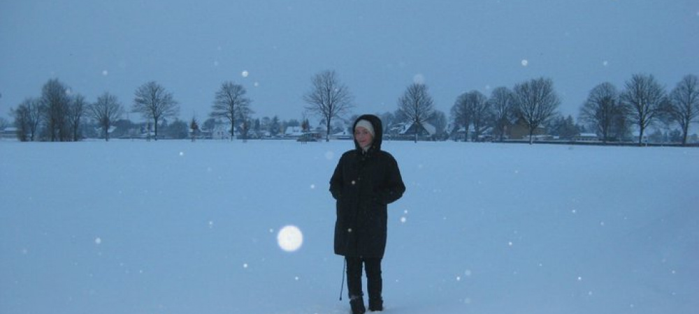 Frau im Schnee