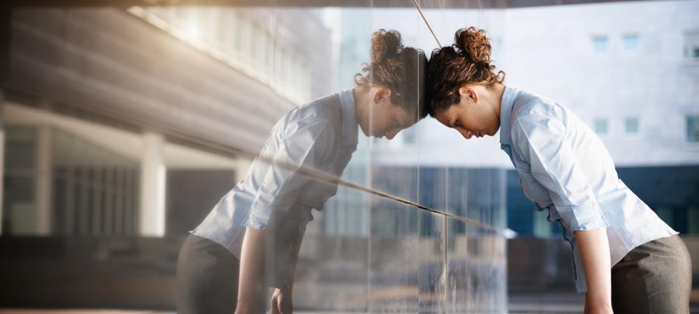 Deprimierte Business-Frau