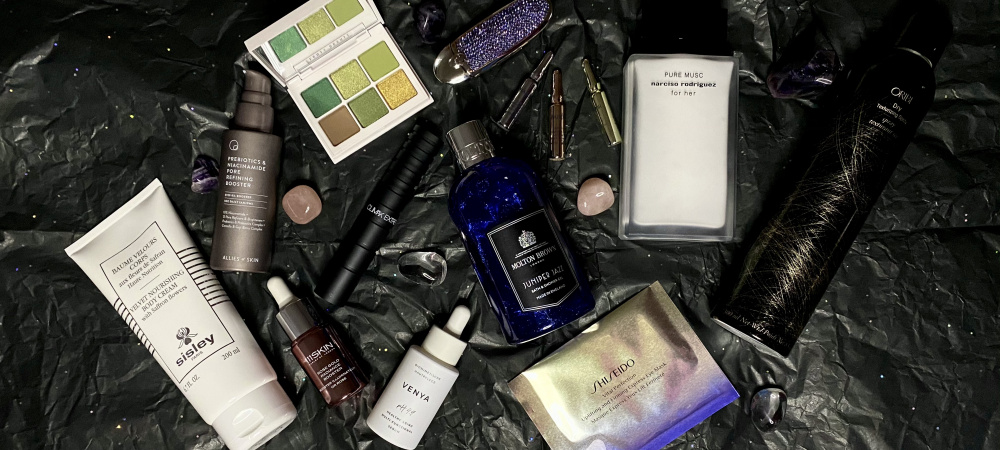 Make-up, Pflege und Duft passend zu deinem Sternzeichen