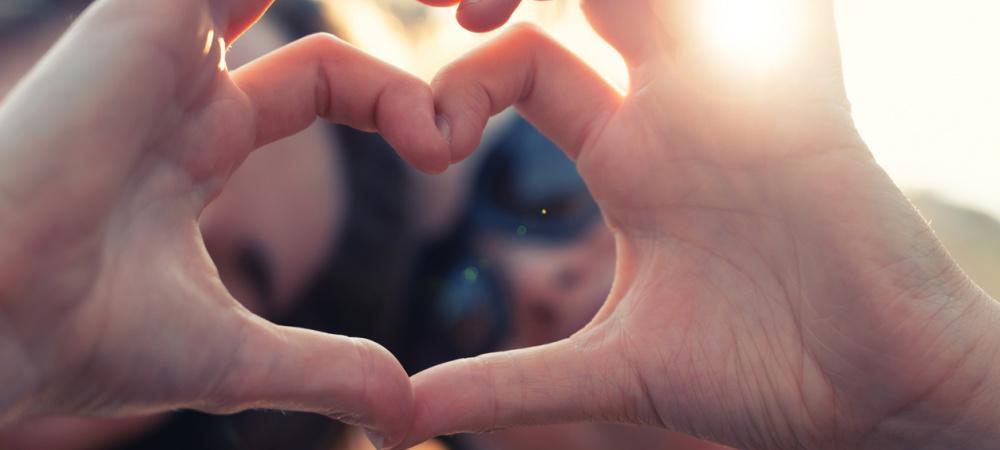 Brustkrebs-Awareness-Kampagne mit Sloggi: Spenden für DKMS LIFE