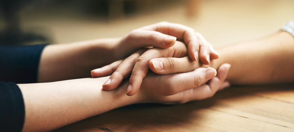 Gutes Tun Im Alltag Mit Diesen Vorsatzen Kannst Du Anderen Helfen Www Emotion De