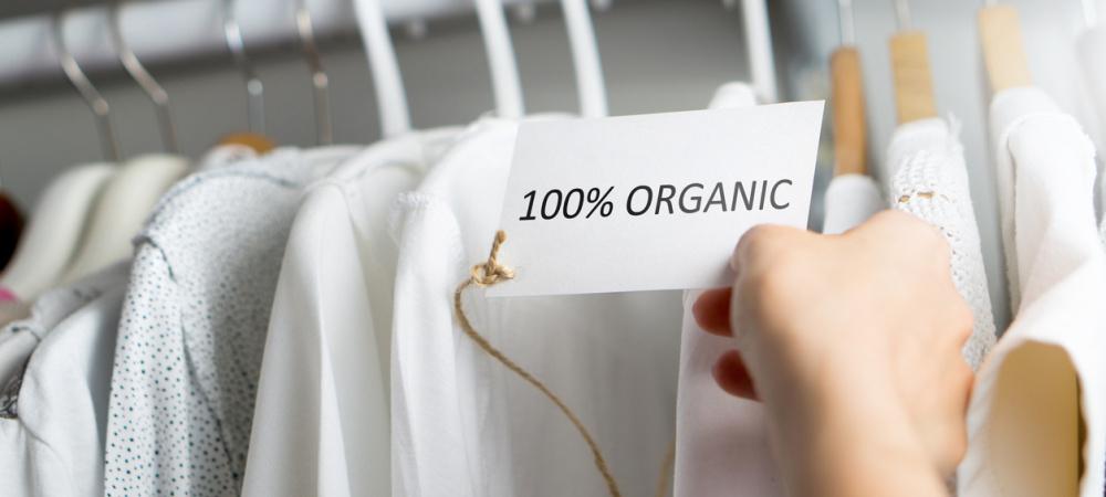 Mikroplastik in Kleidung: So vermeiden wir Schadstoffe aus der Mode