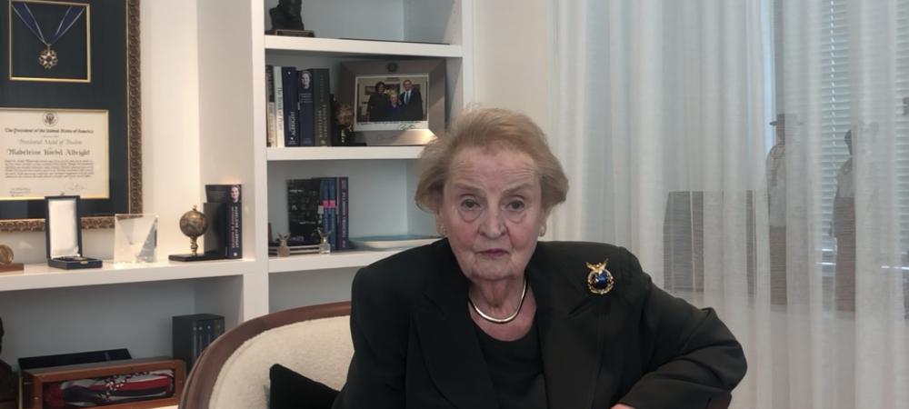 Madeleine Albright gewinnt den EMOTION Award 2019