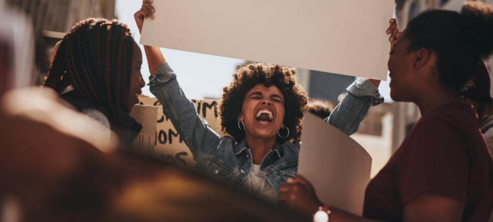 Protest organisieren: Diese Möglichkeiten hast du, um selbst aktiv zu werden