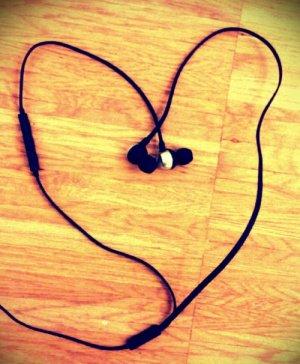 Kopfhörer-Herz