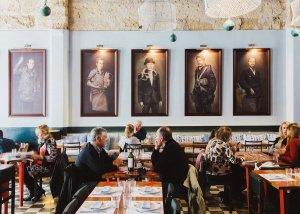 Restaurant Patron Lunares