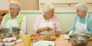 Kochende Senioren