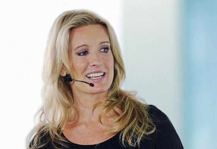 Moderatorin und Buchautorin Claudia Kleinert