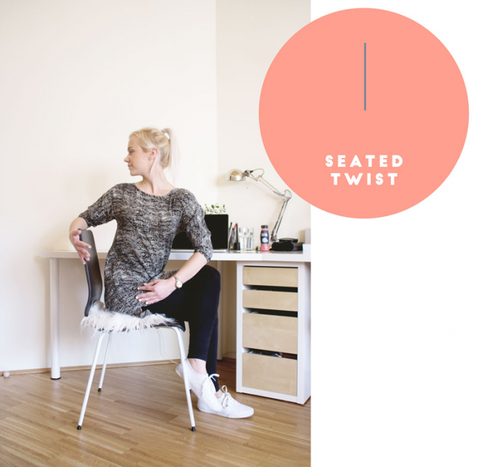 Yoga: Seated twist