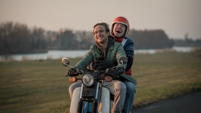 "Frederick Lau und David Kross im Film ""Simpel"""