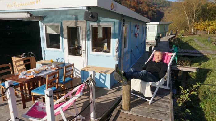 Hausboot auf der Lahn Frühstück