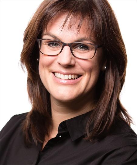 Coach Julia Peters
