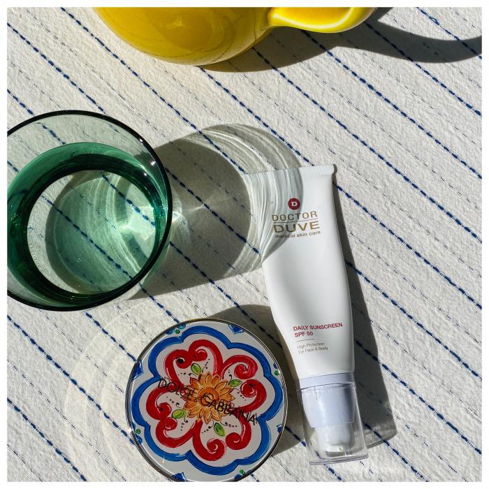 Doctor Duve Daily Sunscreen SPF 50 Dolce & Gabbana Cushion glow Foundation