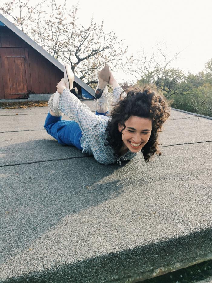 Edith Löhle auf dem Dach