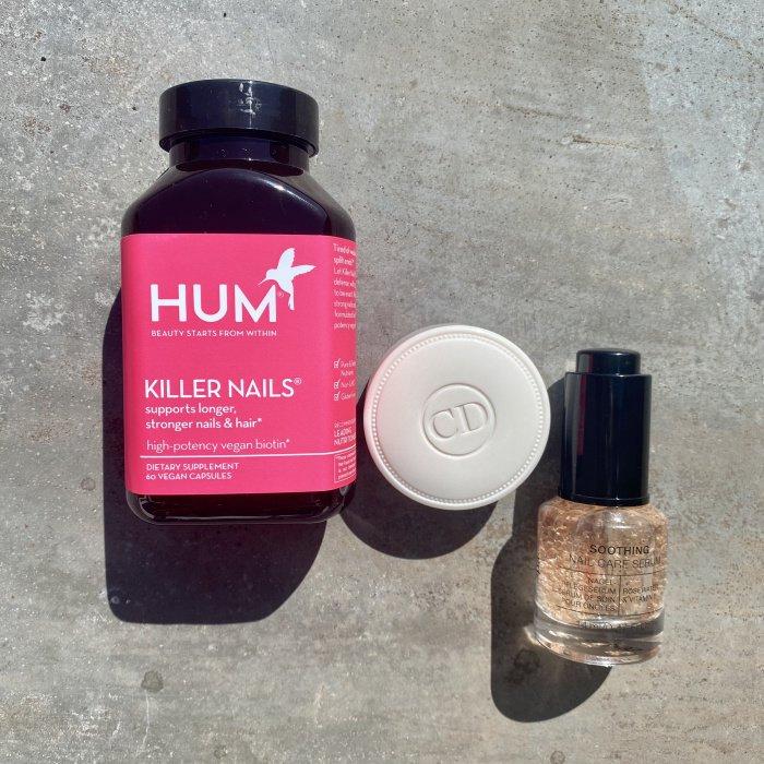 Killer Nails von Hum, Creme Abricot von Dior, 2-Phase Soothing Nail Care Serum von Alessandro