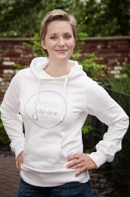 janine_steeger_green_janine