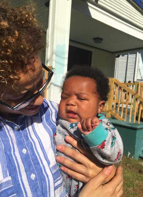 Linda Villarosa mit Baby Kingston
