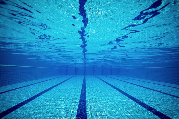 T-Schwimmbad
