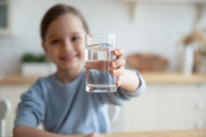 Warum Wasser trinken so wichtig ist