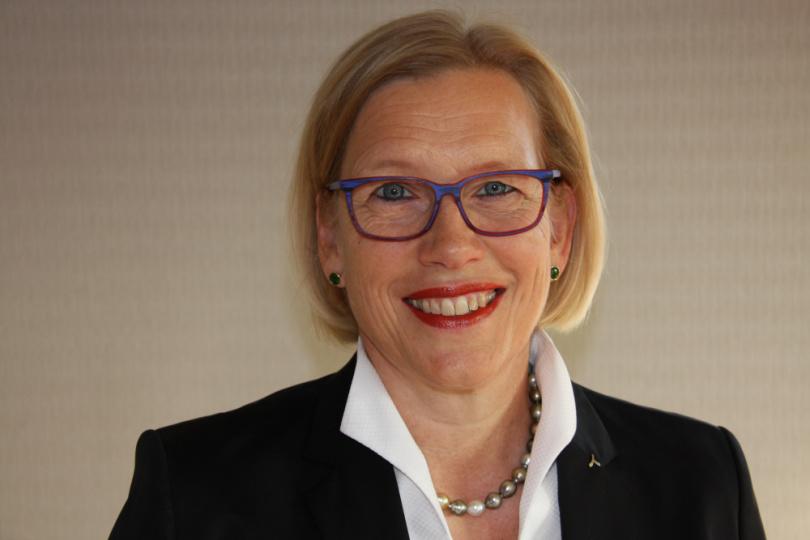 Dr. Gunda Leschber