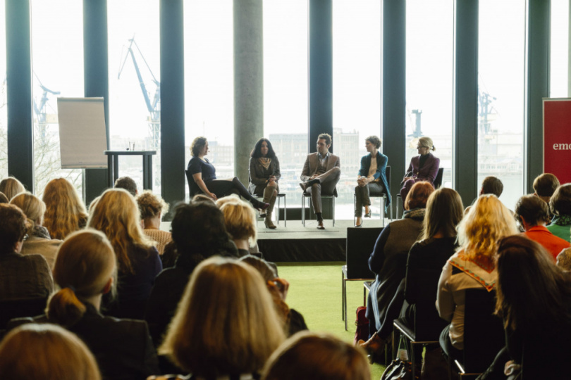 Podiumsdiskussion Women's Business Day