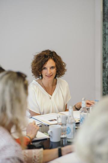 Kasia bei der Jurysitzung des Awards