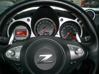 Lenkrad - Nissan