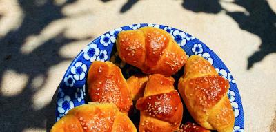 Griechische Croissants mit Joghurt