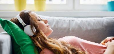 """Meditations-App """"Calm"""" im Test: Funktioniert die Entspannung am Handy?"""