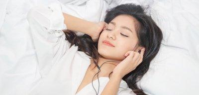 Erotische Hörbücher: Warum sie die weibliche Lust steigern