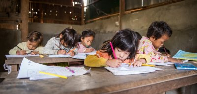 Regine Sixt Kinderhilfe Stiftung: Kinder in der Schule