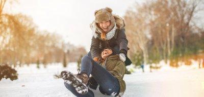 Gute Laune Tipps: Frauen im Schnee