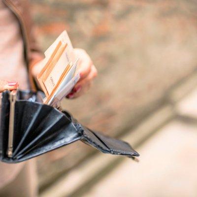 Frauen Umgang mit Geld