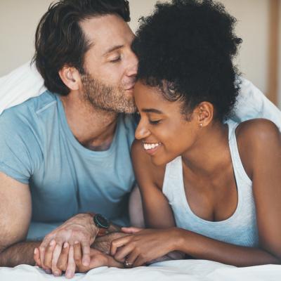 Beziehung eingehen, verliebtes Pärchen