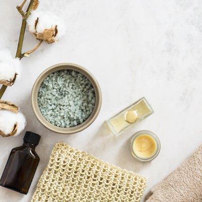 Gesichtsöl: Pflegende Öle für Gesicht, Körper und Haare