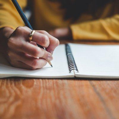 Krisen bewältigen mit Stift und Papier