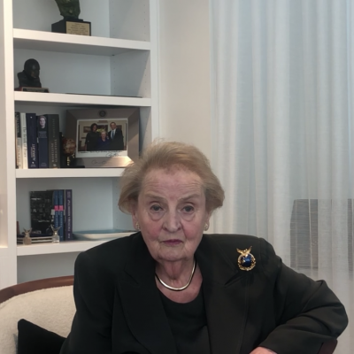 Madeleine Albright gewinnt den EMOTION Award 2019