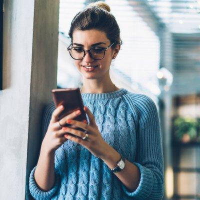 Immer online: Hände weg vom Handy