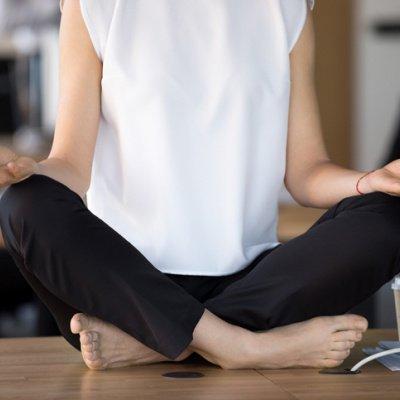 Yoga im Büro - einfache Übungen