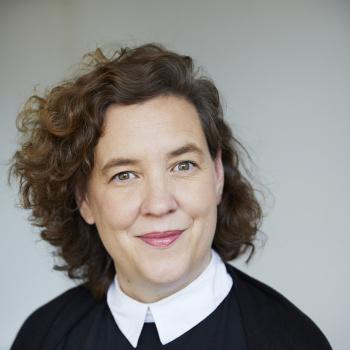 Julia Möhn (Emotion)
